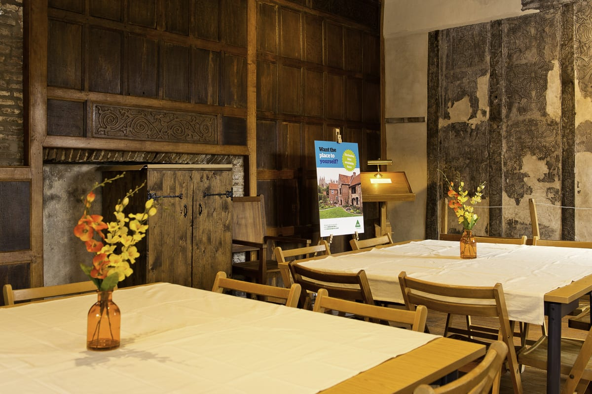 YHA Beverley Friary Dining
