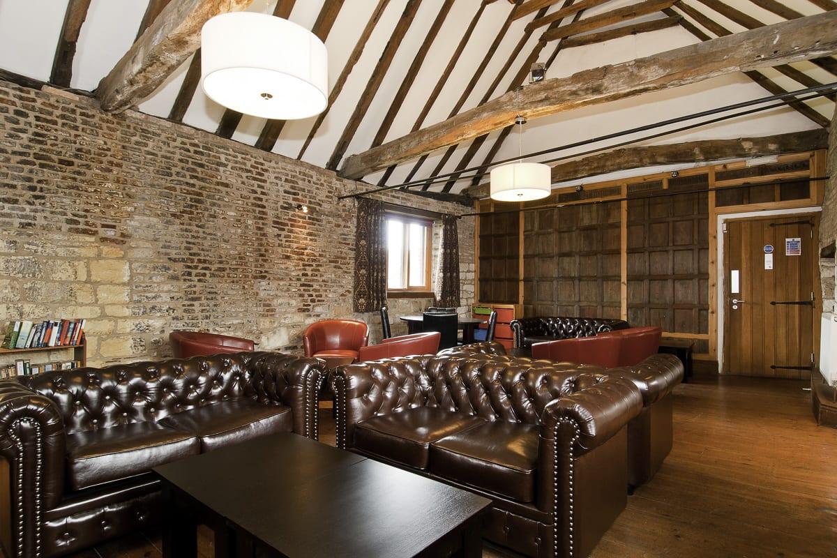 YHA Beverley Friary Lounge