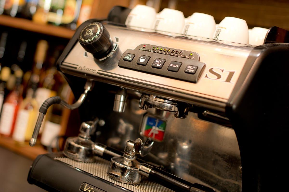 YHA Brecon Beacons Danywenallt Cafe