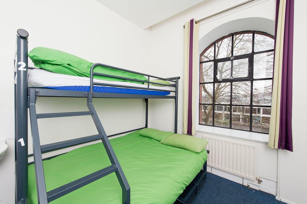 YHA Bristol Dorm Room