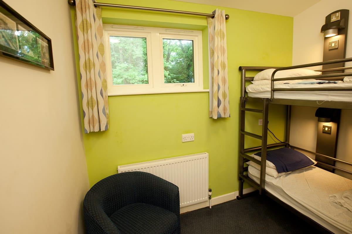 YHA Eastbourne Bedroom