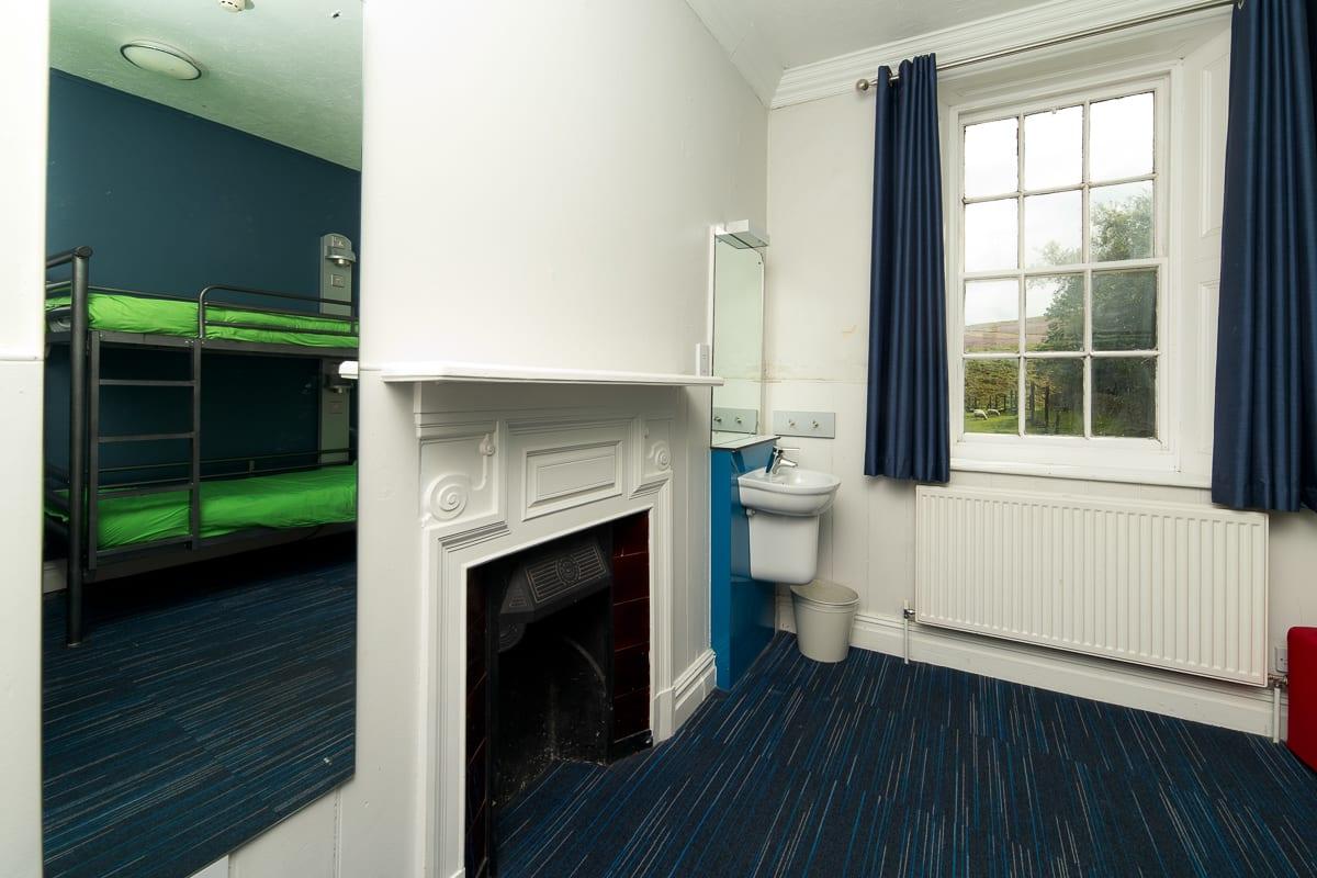 YHA Grinton Lodge Bedroom