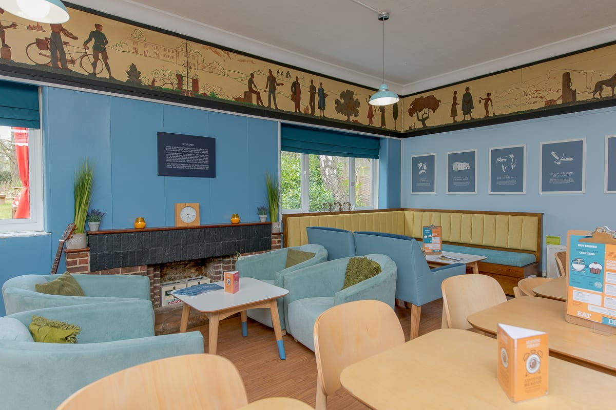 YHA Holmbury St Mary Lounge
