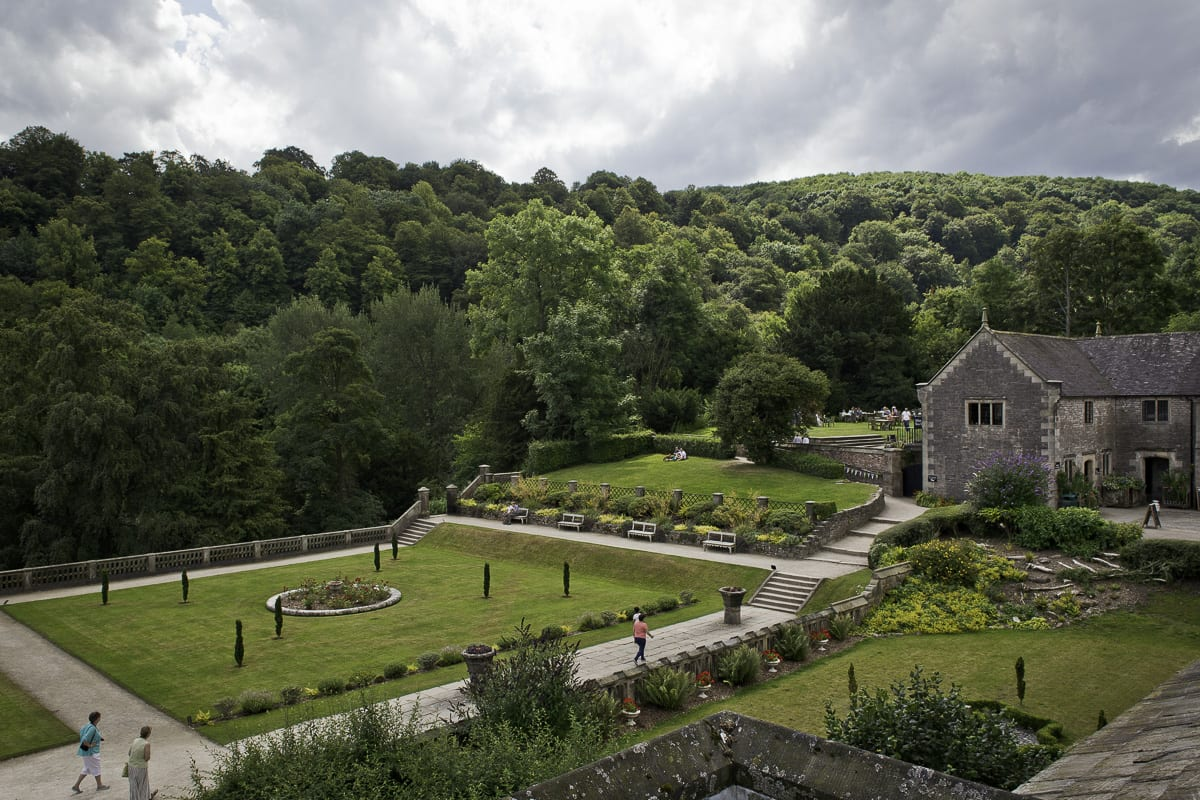 YHA Ilam Hall Garden
