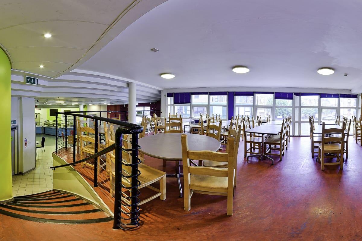 YHA London Thameside Dining