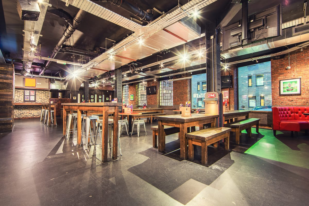 Bar, restaurant and cafe