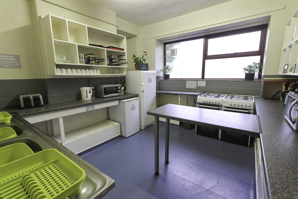 YHA Snowdon Llanberis Self Catering Kitchen