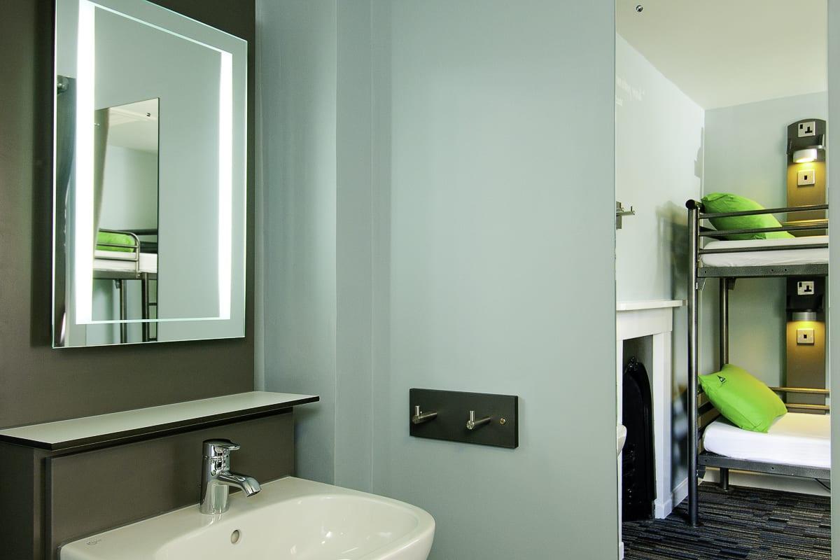 YHA Stratford Upon Avon Bedroom Sink