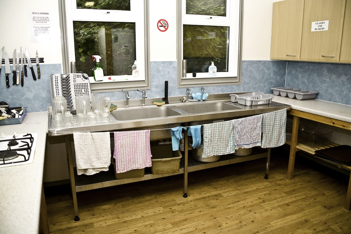 YHA Streatley-on-Thames Self Catering Kitchen
