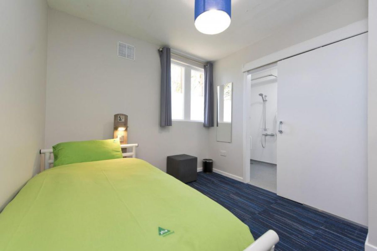 YHA Swanage bedroom with single bed