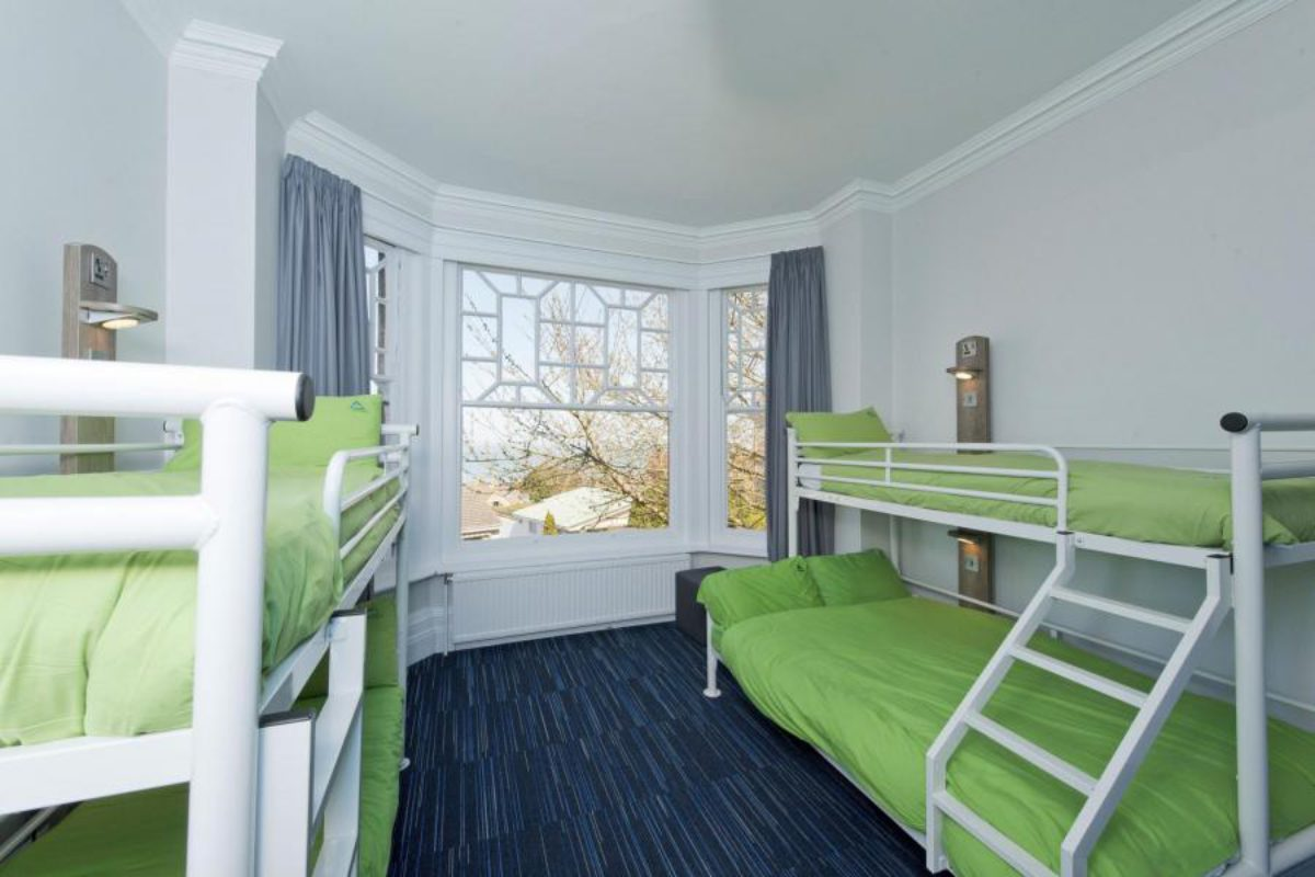 YHA Swanage bedroom with five beds